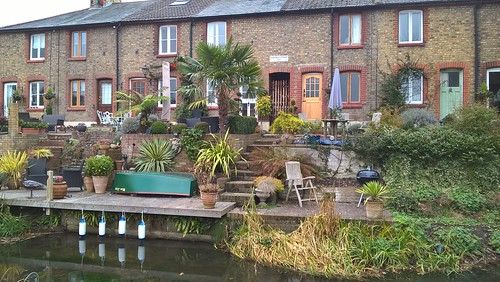 Riverside Cottages