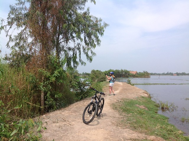 CU CHI TUNNELS BY BIKE & KAYAK