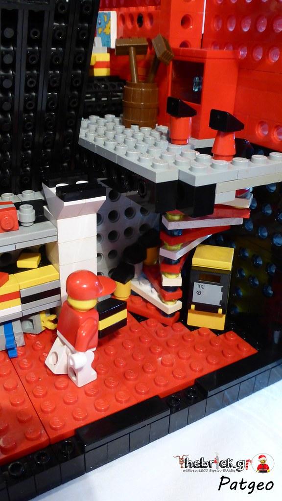 "[BuildtheBrick #2]: ""Santa's Workshop"" 23006686043_c41f5db9d4_b"