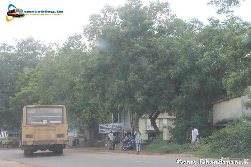 An SLF entering old Tirupuvanam depot in Madurai-Rameshwaram Road.