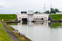 Rhine canal, Fessenheim