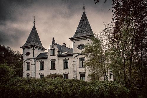Vliermaal, kasteel Hoogveld