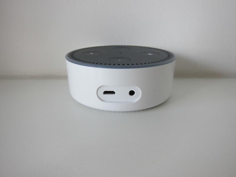 Amazon Echo Dot - Back