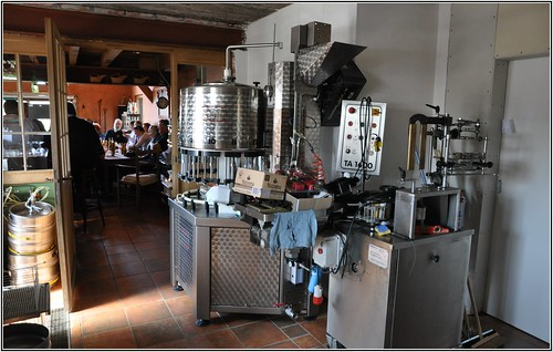 2015.04.05=0013: Huisbrouwerij Sint Canarus, Gottem, Belgium.
