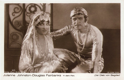 Douglas Fairbanks and Julanne Johnston in The Thief of Bagdad (1924)