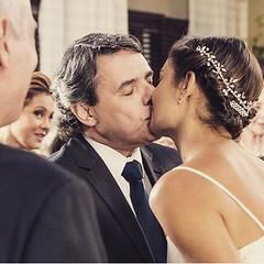O casamento tão esperado pelo público: Evandro e Alice tornam-se marido e mulher depois de superar trocentos obstáculos ! #AplausoBlogAuroradeCinemaparaBabilônia #Babilônia #TVGlobo #SophieCharlotte