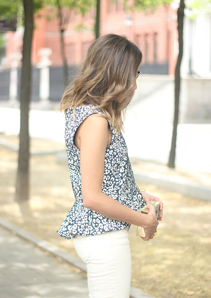 White Jeans Peplum Top Leopard Print Outfit black Heels 07