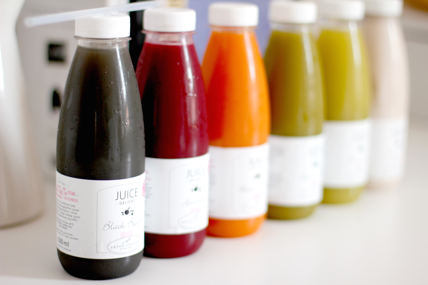 detox delight juice delight easy juice cleanse saftkur entgiften münchen kaltgepresst bio säfte saft cold pressed ricarda schernus cats & dogs lifestyle blog fashion blog 3