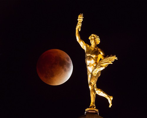 Supermoon Eclipse and Golden Boy