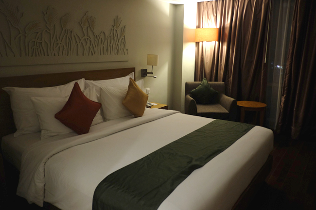 mercure harvestland kuta review