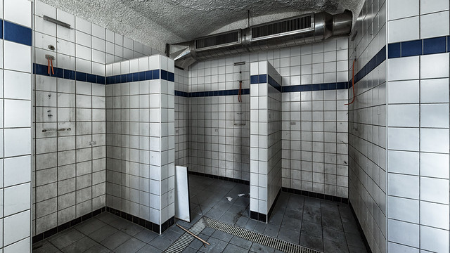 male_showers