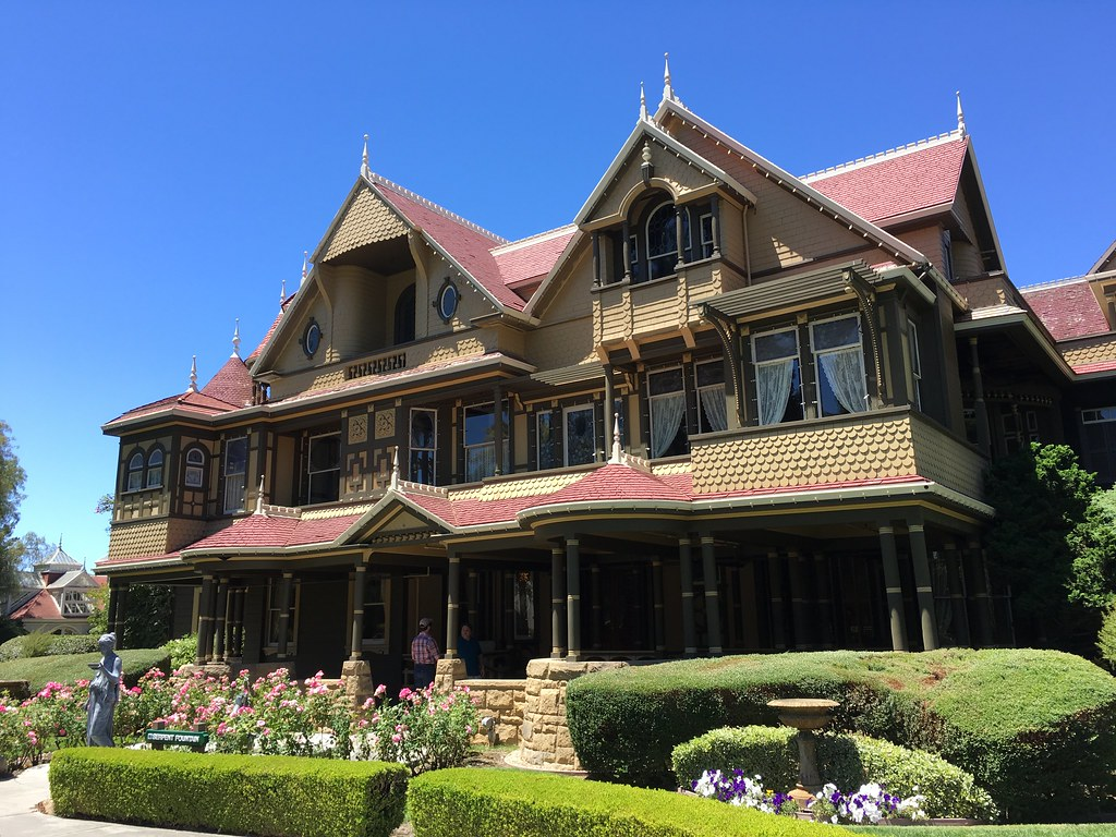 Hotels Near Winchester Mystery House