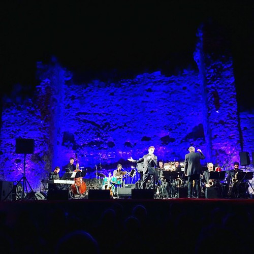 @bruno_oro & @vicensmartin Big Band cantant @franksinatra al #Castell de #Gelida #concert #Gelidarts #Penedès