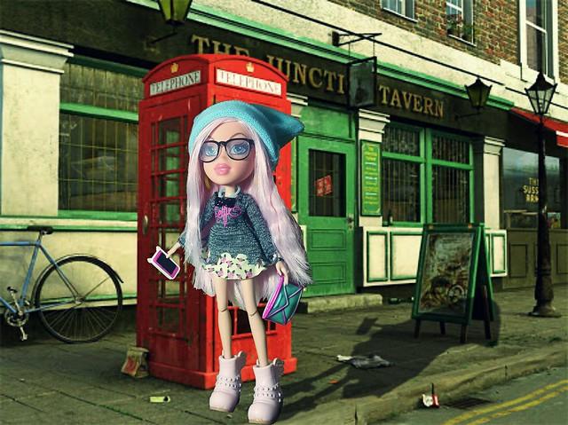 Cloe in London.