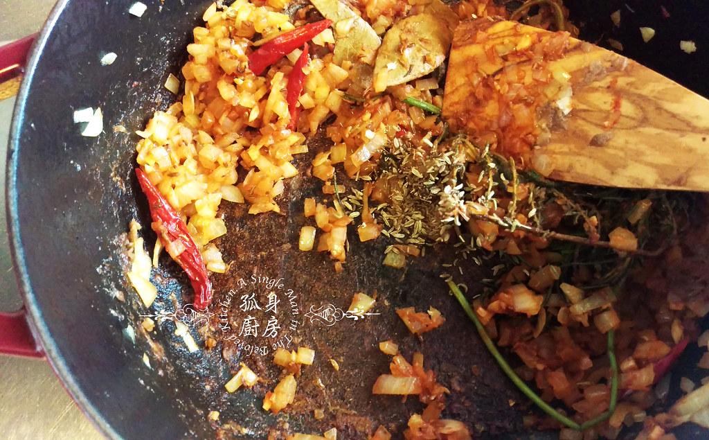 孤身廚房-香草使用不手軟!我的招牌香料燉牛肉18