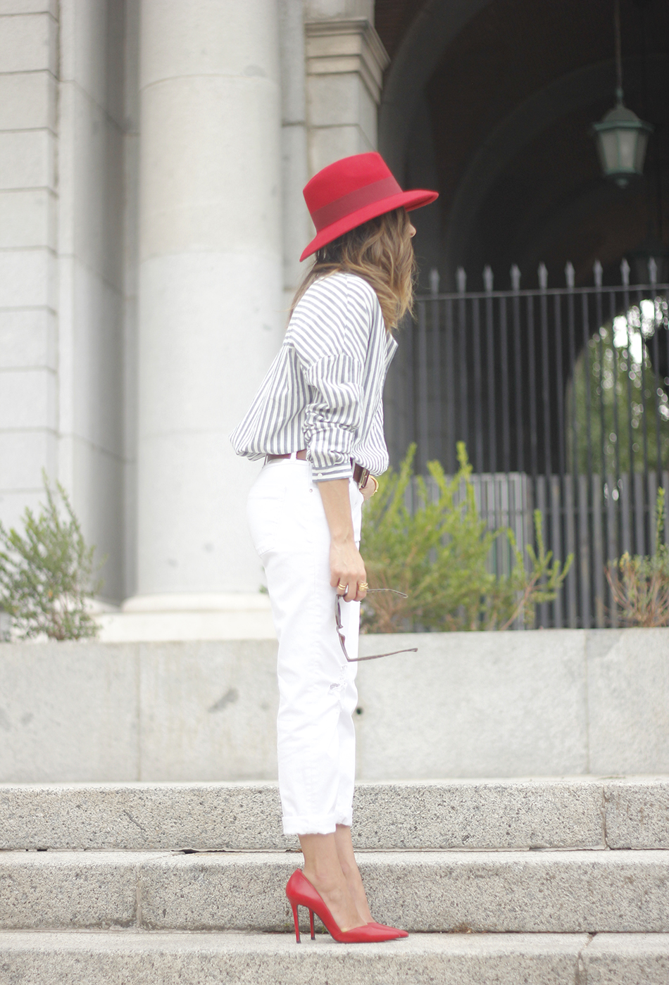Red Hat Red Shoes White Jeans13
