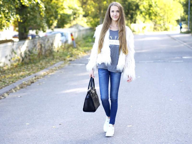 bloggerslounge5