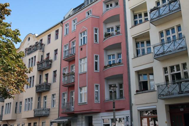 Berlin-pink-building