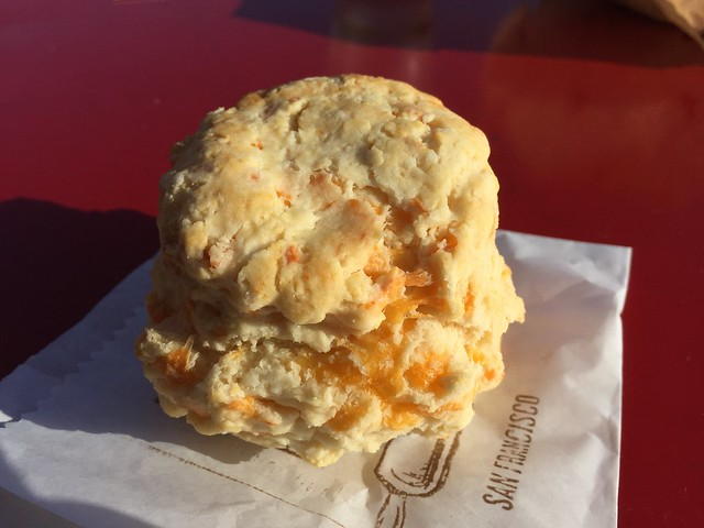 Cheddar cheese biscuit - Biscuit Bender