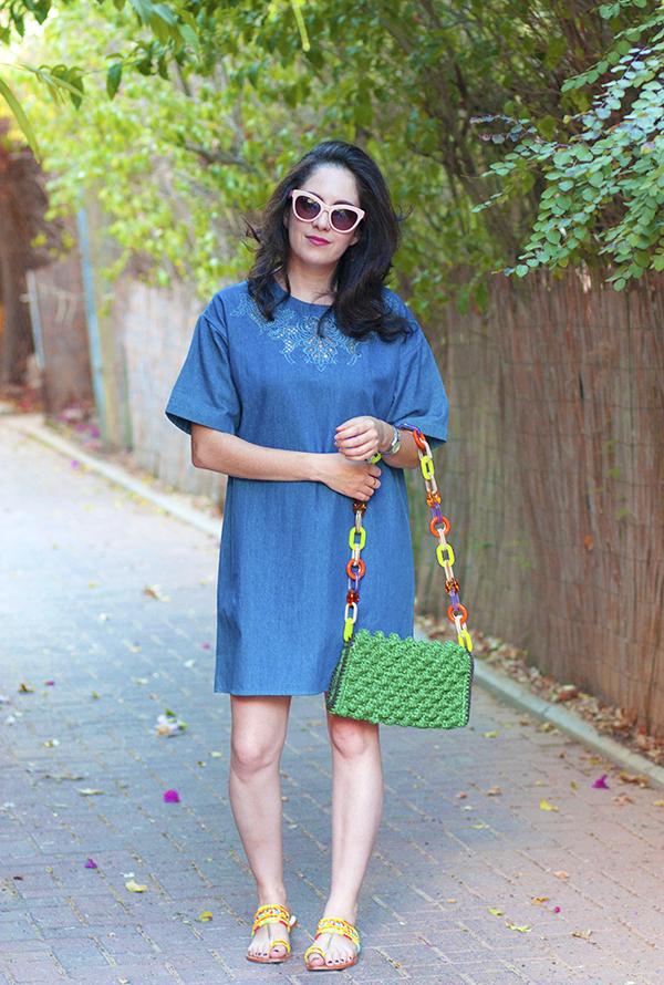 שמלת ג'ינס, שמלת ג'ינס רקומה, תיק מעצבים, מיסוני, בלוגרית אופנה, אופנה אחרי לידה
