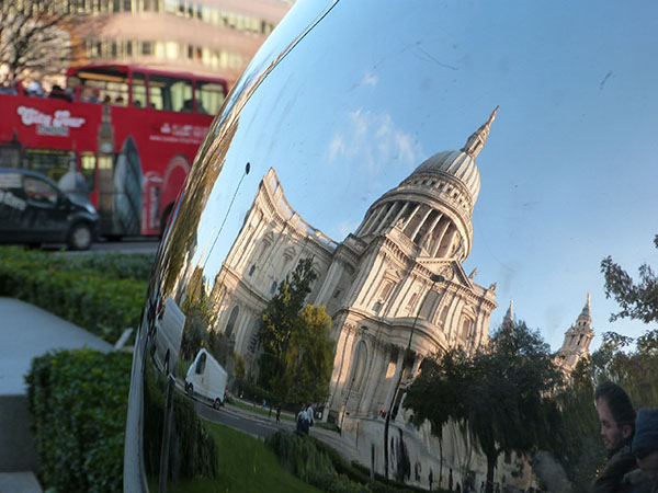saint-Paul dans une bulle