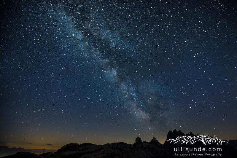 Die Milchstraße von den Zinnen aus gesehen.