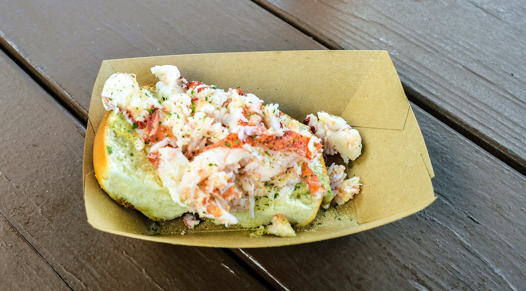 Lobster roll Food and Wine