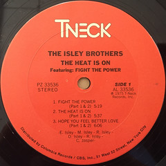 THE ISLEY BROTHERS:THE HEAT IS ON(LABEL SIDE-A)
