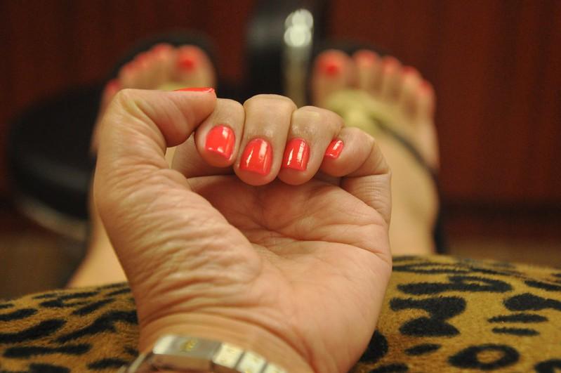 Gloss Nail Spa LA