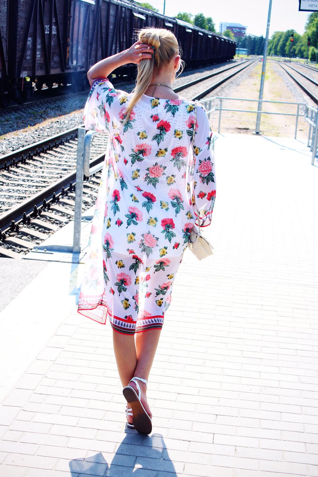 H&M-floral-print-cardigan-kimono