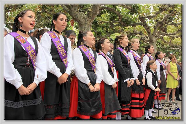 Briviesca en Fiestas 2.015 Recepción en el Ayuntamiento y canto popular del Himno a Briviesca (16)