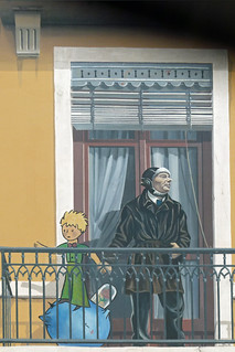 Image of Le Petit Prince et Saint-Exupery. france frankreich lyon antoinedesaintexupéry lepetitprince trompelœil fresken dierkschaefer berühmtelyonerpersönlichkeiten départementmétropoledelyon