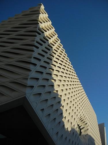 DSCN0177 _ Broad Museum, LA