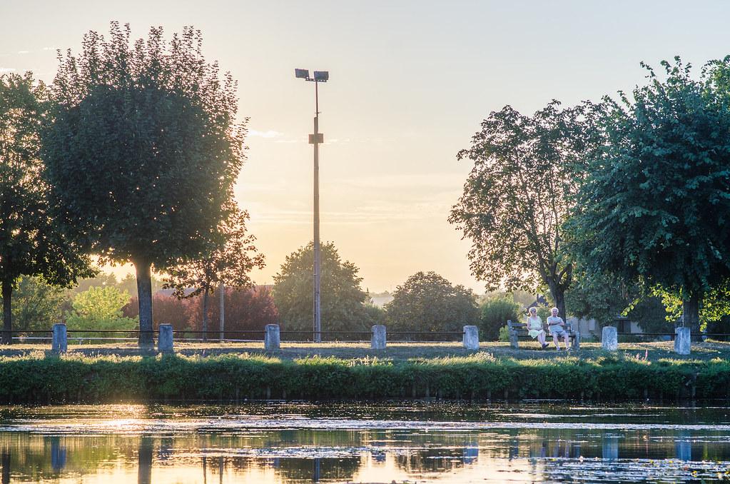 Balade gastronomique dans l'Yonne - au bord du canal du Nivernais