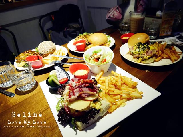 景美夜市發福廚房美式漢堡 (1)