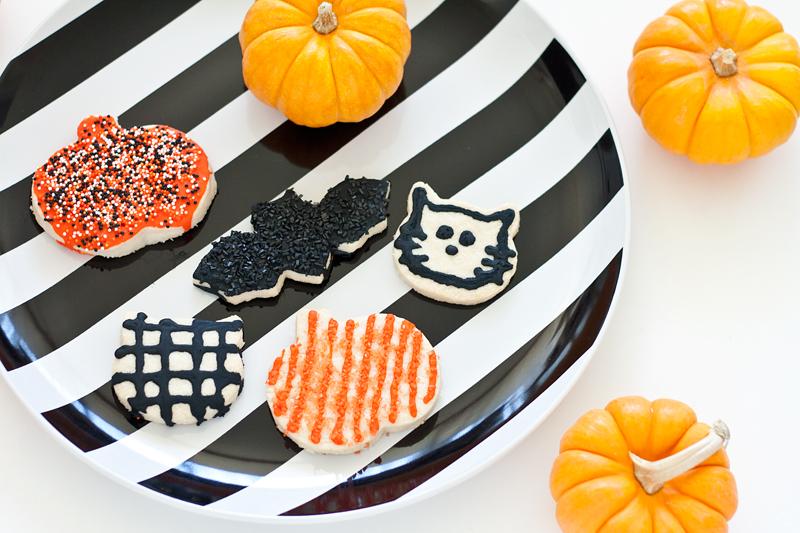 01halloweenshortbreadcookies