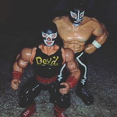 #lucha #luchalibre #aaa #cmll #maskedwrestlers #knockoff #actionfigures #ToyGameTedDibase #toyhorder #toytrades #toysagram #RagingNerdgasm #TomKhayos #ToyGameScroogeMcDuck #vintage #90s #wrestling #wrestlemania #toyhustle #ToysAreMyDrug