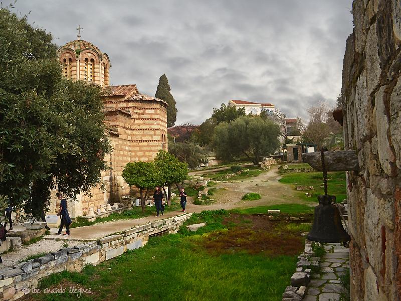 Iglesia de los Santos Apóstoles en el Ágora griega