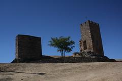 Castelo de Mogadouro (Ruínas)