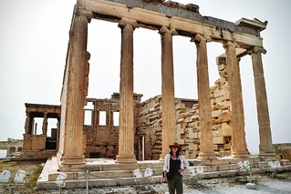 Afbeelding van Acropolis in de buurt van Athene. weekendwayfarers wanderlust adventure explore exploring travelphotography travelblogs travel travelblog travelblogging traveling travelbloggers travels travelings travelblogger travelling travellings travelers travelphotographers travelphotographer travellers greece athens greek mediterranean mediterraneansea hellenic attica ruins greekruins sculpture sculptures columns column ancientgreece outside outdoors acropolis acropolisofathens akropolis parthenon temple temples architecture religion religious
