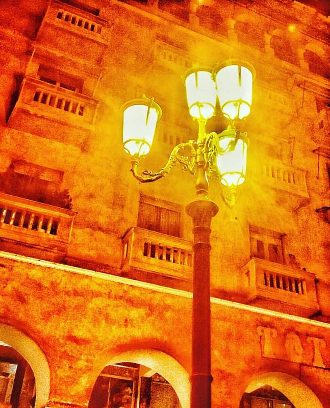Light in the night. #iphone6  #thessalonikimou #thessaloniki #thessalonikimacedoniagreece #greece #hellas #skg #inthessalonikicom #tsixlagr #wu_greece #majestic_thessaloniki #ig_greece #igersthessaloniki #ig_thessaloniki #visitgreece #visit_thessalon
