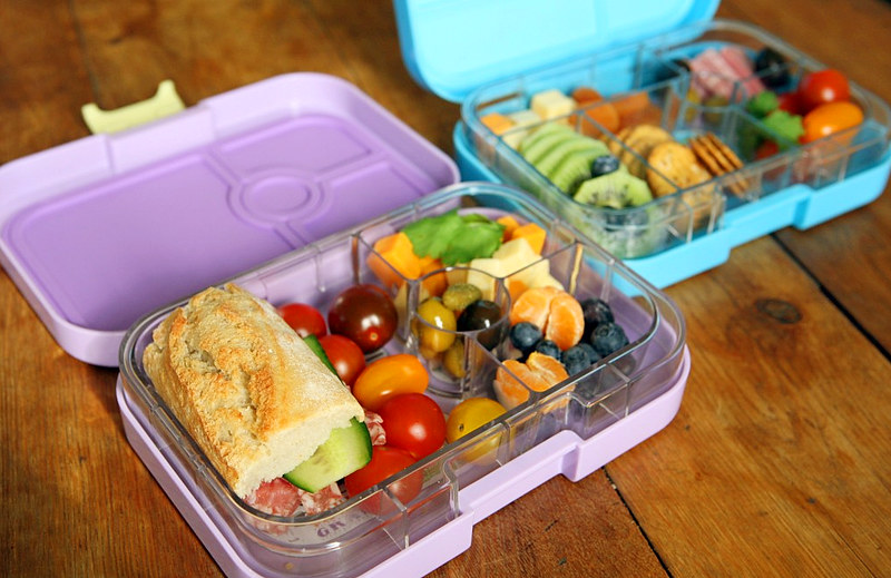 little big s yumbox bento lunchbox giveaway. Black Bedroom Furniture Sets. Home Design Ideas