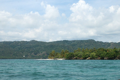 46 - Reaching Cayo Levantado (Barcardi Island) / Anfahrt auf Cayo Levantada Bacardi-Insel