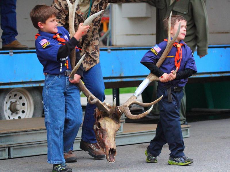 IMG_9770 Elk Antler Auction