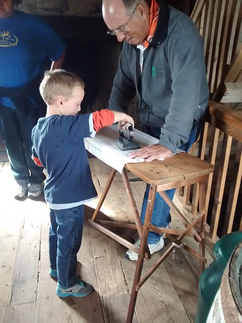 Oct 29 2015 Heritage Farm 1st grade field trip Elden (25)