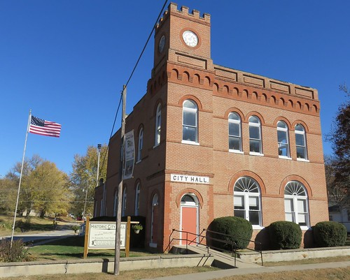 Forest City, Missouri City Hall
