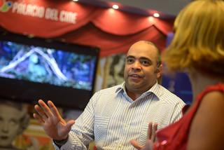 Omar de la Cruz en el Programa A Imagen con Aleja Flores. Blue Mall-5