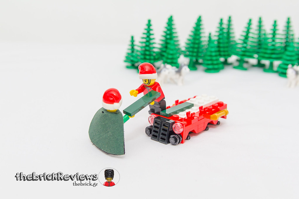 ThebrickReview: Christmas Train - 40138 - Limited Edition 2015 23610407342_9b8a9725ec_b