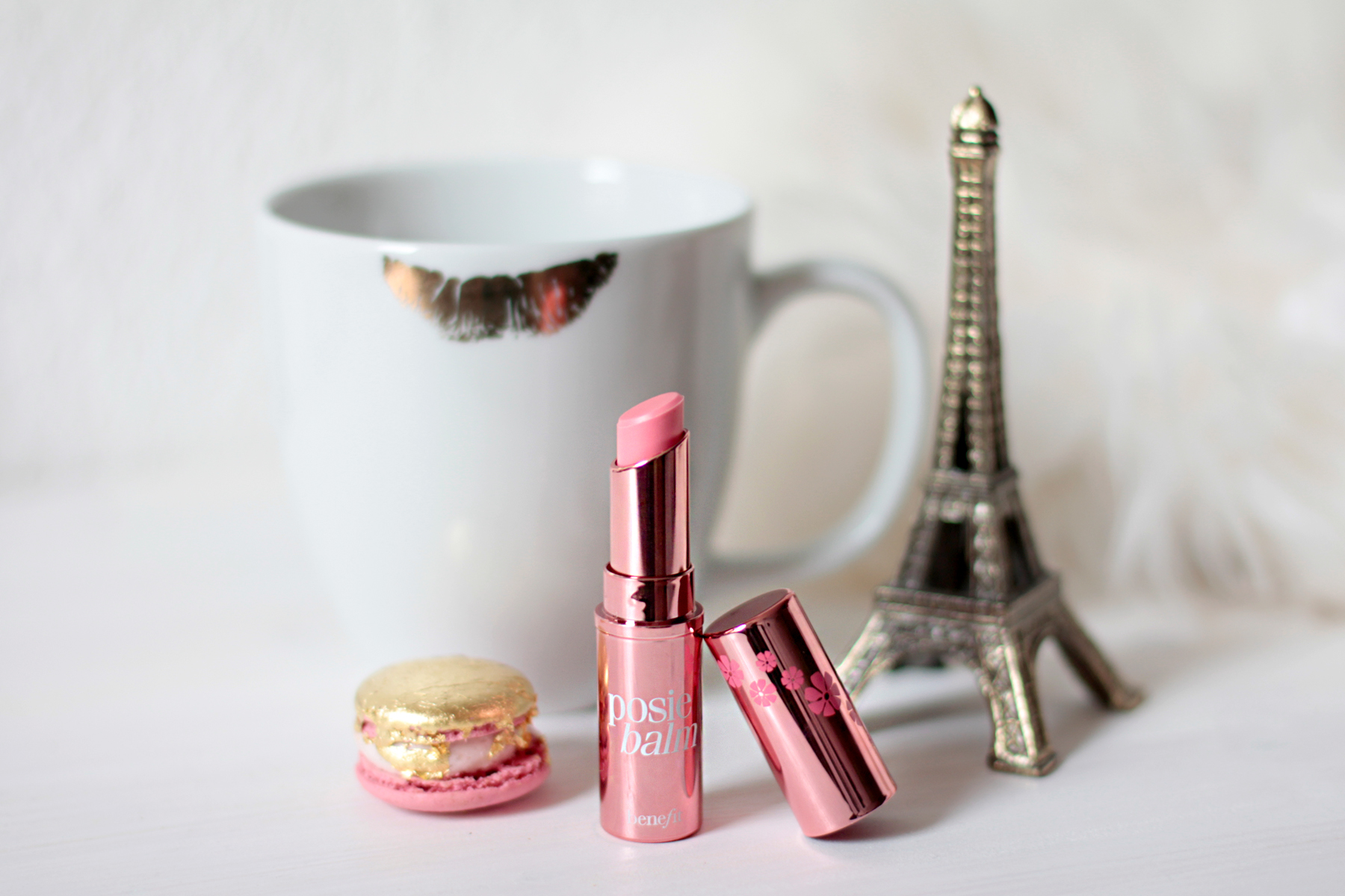 beauty favourites december lancome kerastase shiseido loreal benefit lipstick care glitter nailpolish rouge highlight hair perfume luxury cats & dogs beautyblogger ricarda schernus blog 4