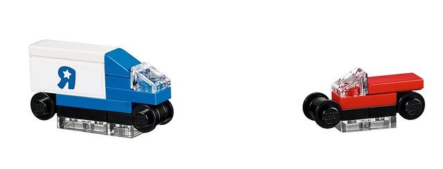 LEGO 40144 - Bricktober Toys R Us Store